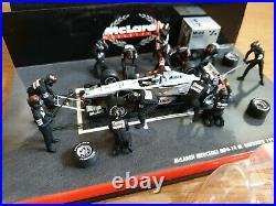 McLaren Mercedes MP4-14 M. Hakkinen 1999 Pit Stop Diorama 143 SIGNED AUTOGRAPHED